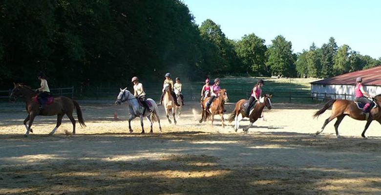 carrousel-centre-equestre-lespinas